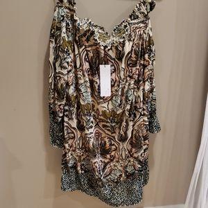 Vivi NWT off the shoulder velvet dress